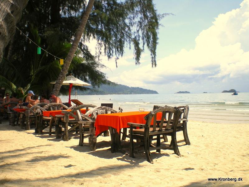 Bloggen bliver delt op - Rejser til Thailand flyttes « Robert Kronbergs Weblog om Thailand