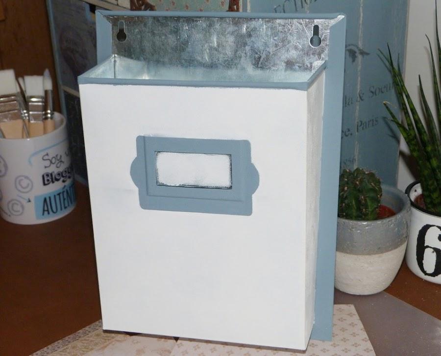 portacartas-zinc-pintura-acrilica-imprimacion