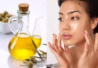 العسل وزيت الزيتون والموز للعناية بالبشرة