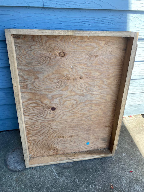 Photo of a plywood crate/box/tray