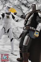S.H. Figuarts The Mandalorian (Beskar Armor) 75
