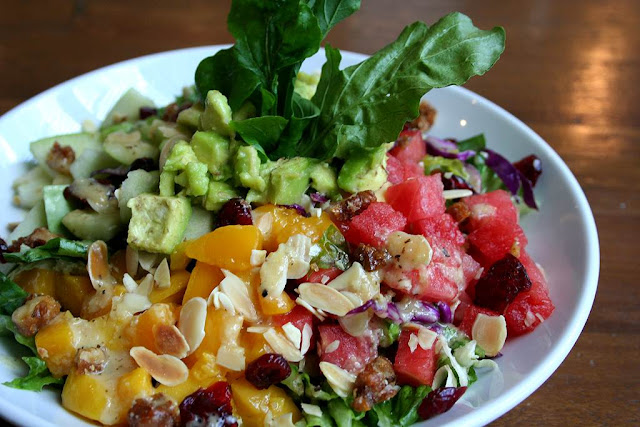 California Pizza Kitchen Salad Fruits N' Nuts