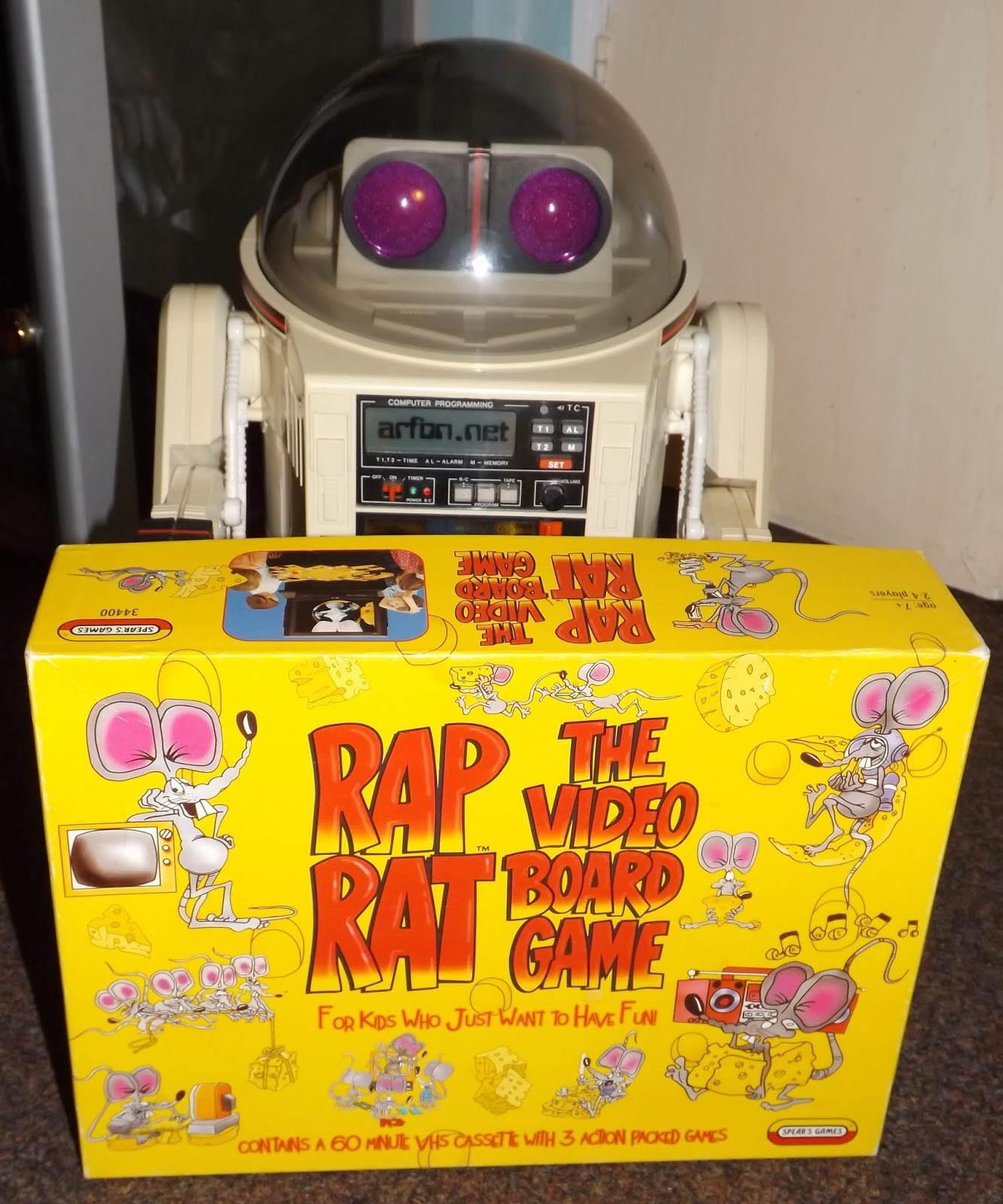 Arfonnet The Art Of Arfon Jones Omnibots Robot Root Out Rap Rat