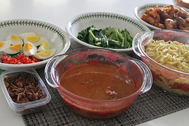 Mee Udang Istimewa Azie Kitchen