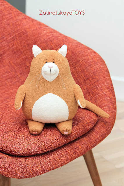 мягкая игрушка кот, сделанная из ткани по моей выкройке