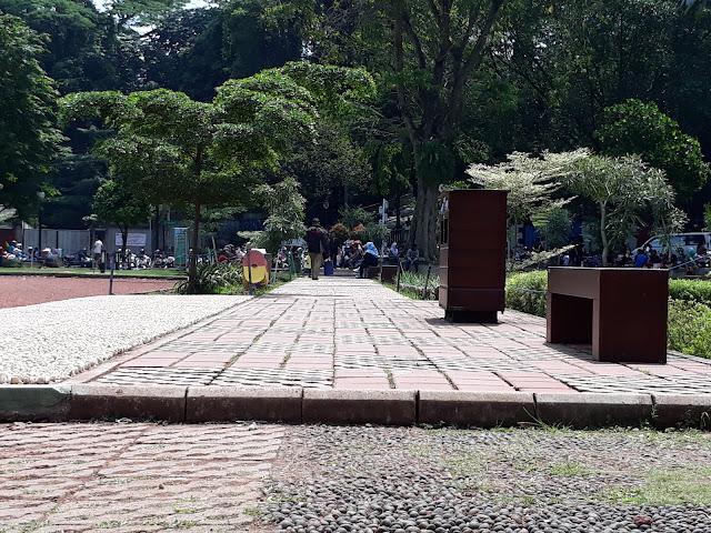 Fasilitas Pendukung Lapangan Sempur Bogor