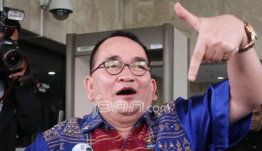 Komentar Pedas Ruhut Sitompul soal Kubu Prabowo