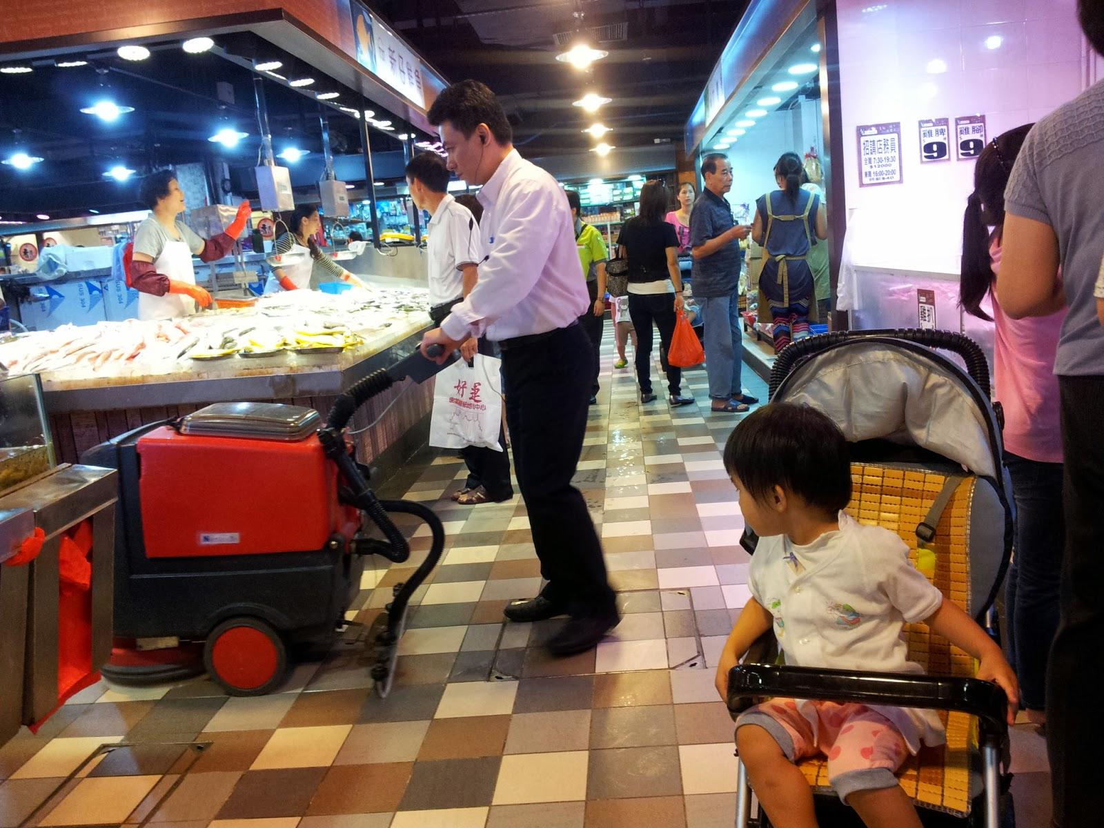 Grassroots O2: 巡視業務.領匯.天瑞商場 @2014-07-19