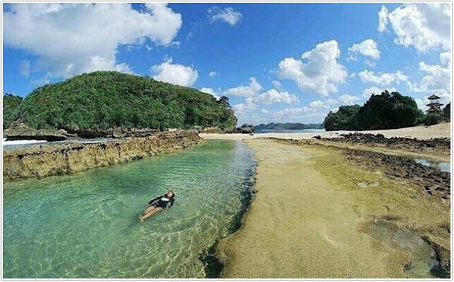 Pantai Batu Bengkung;10 Top Destinasi Wisata Malang