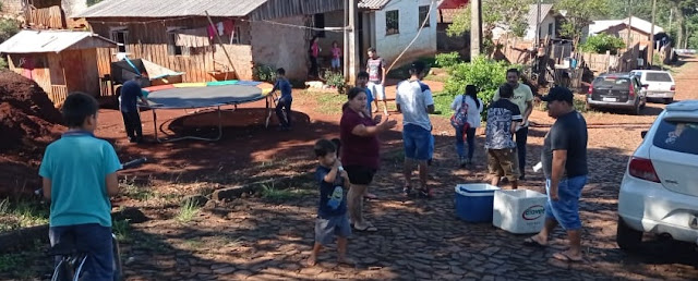 """Manoel Ribas: Grupo """"Só Locura"""" entrega mais de 200 brinquedos neste feriado"""