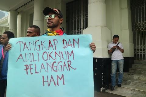 Berunjukrasa mengenai Masalah Penembakan di Papua
