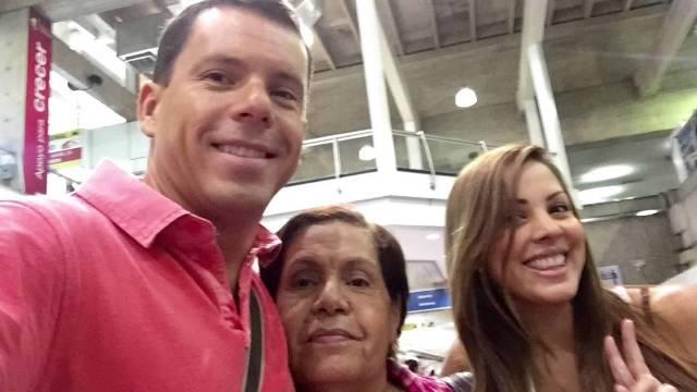 Caiga quien Caiga: Ahijado de Nicolás implicado presuntamente en venta de pasaportes venezolanos