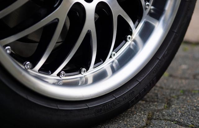 Perhatikan Hal - Hal Ini Sebelum Mengganti Velg Mobil Kamu