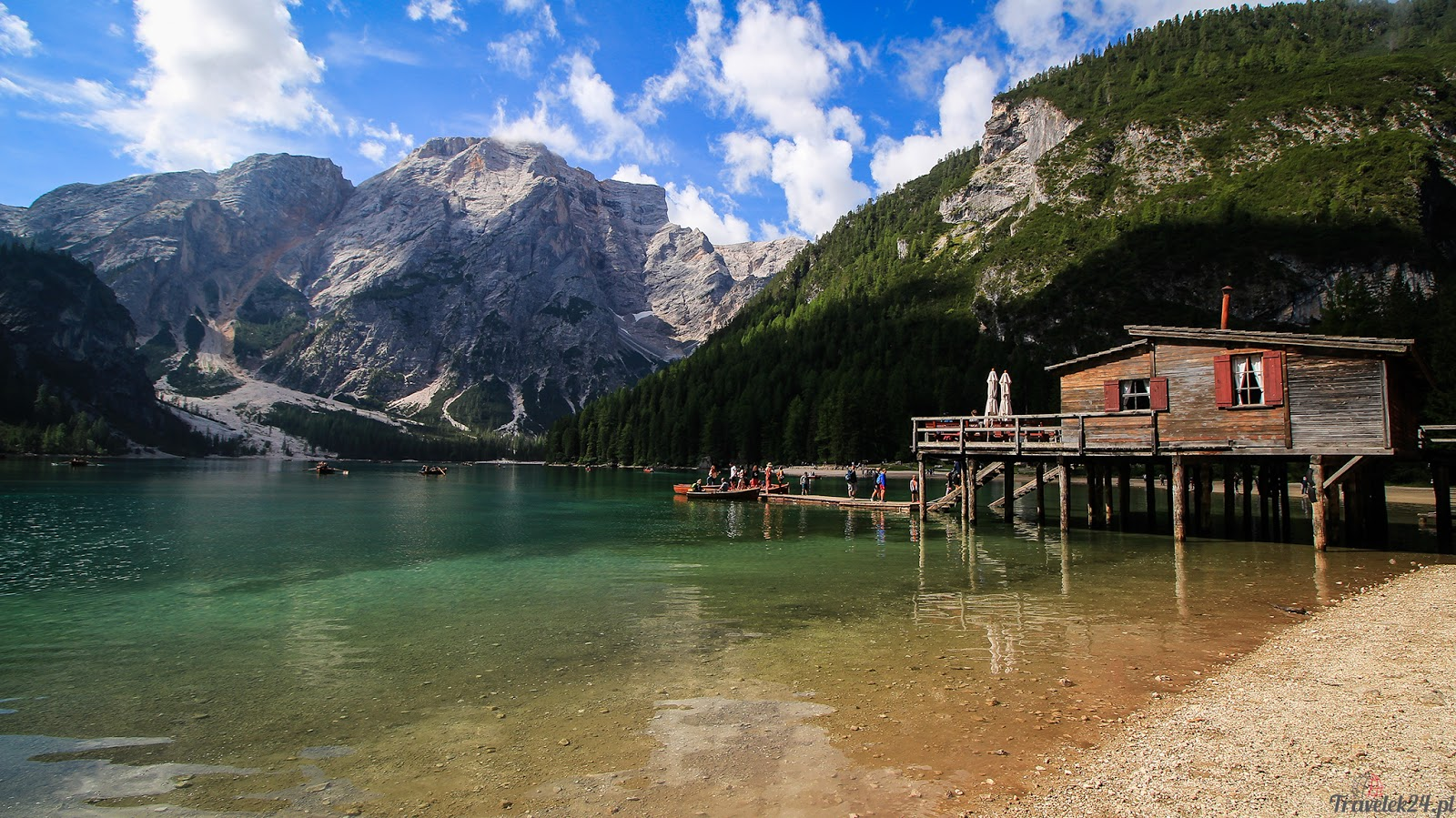 Lago di Braies łódka