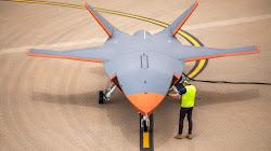 Boeing nhận thầu 115 triệu đô chế tạo Rotbot Không chiến Loyal Wingman cho Không quân hoàng gia Australia