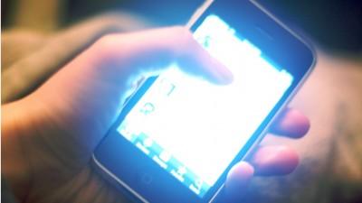 Blue-ish light smartphone screens
