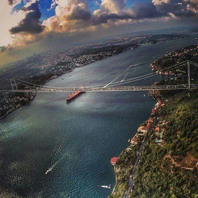Ερντογάν: «Σχεδιάζουμε να κλείσουμε τα Στενά του Βοσπόρου»