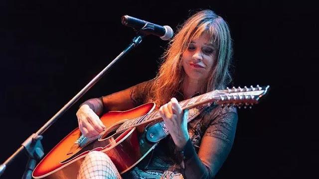 Fabiana Cantilo realizará concierto en línea junto a artistas invitadas