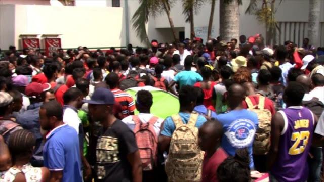 Migrantes protestan en sur de México, exigen visas humanitarias