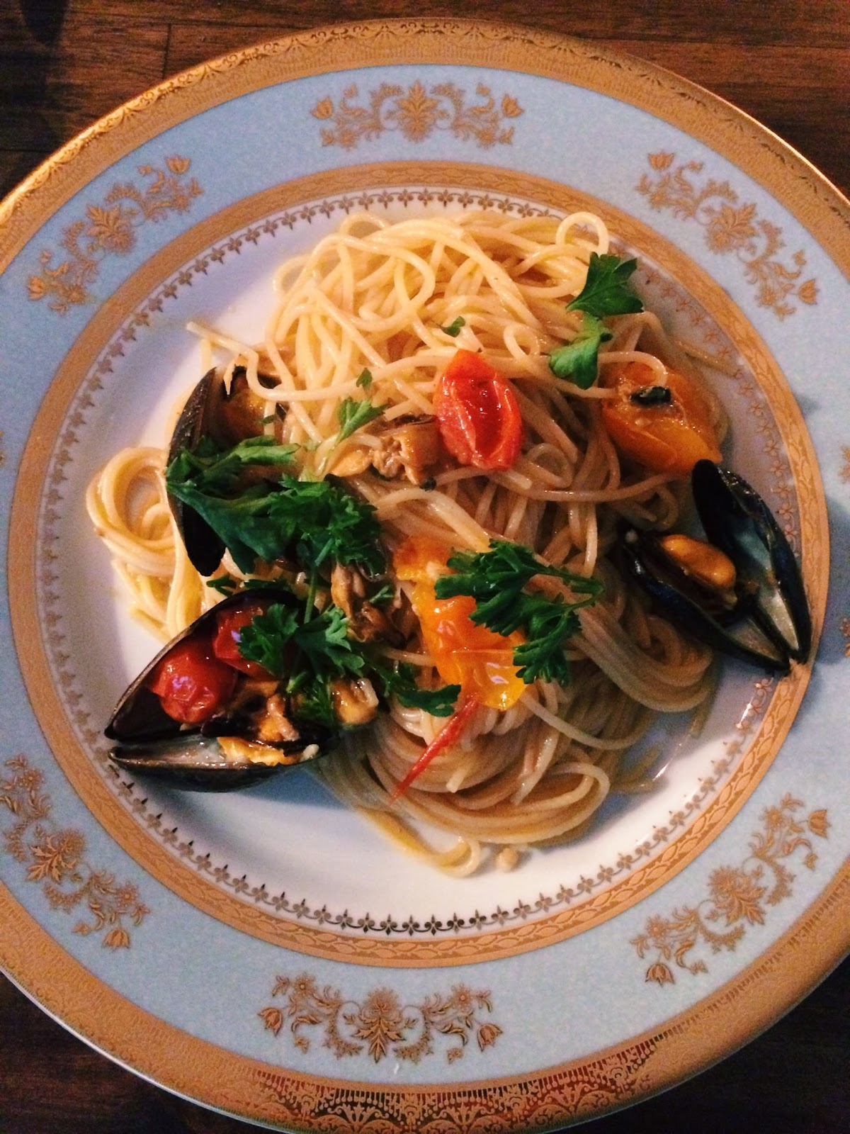 Italian Dinner, Trendy in Texas, Mussels, Pasta, Mussels and Pasta, Orsay Power Blue,  Orsay China