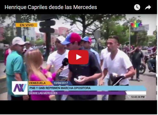 Capriles dando declaraciones en medio de las bombas lacrimógenas este 10 de Abril