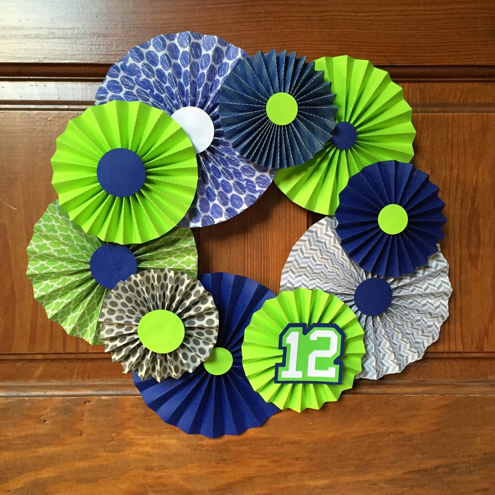 Sowdering About: Seahawks Rosette Wreath