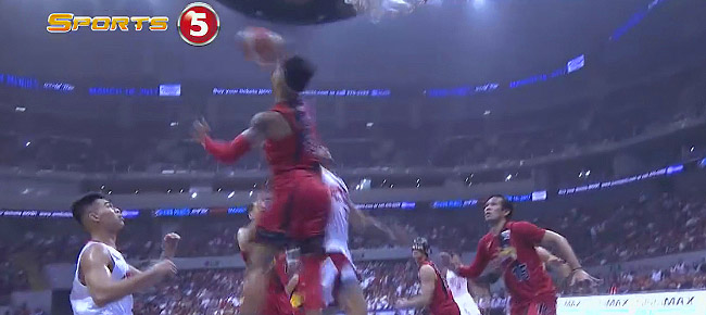 Chris Ross' MONSTER Block on Sol Mercado in Game 1 (VIDEO)