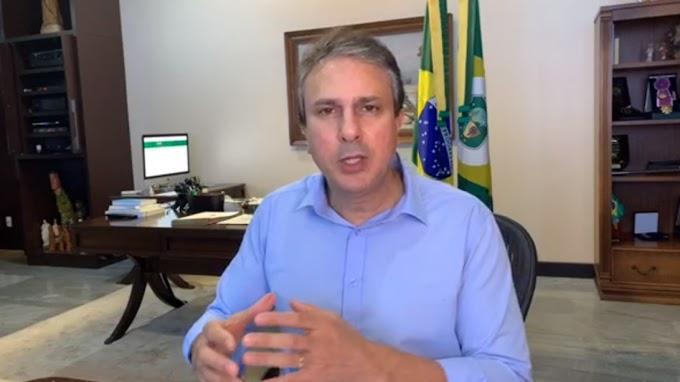 Governador, Camilo Santana, prevê iniciar retomada de atividades em 1º de junho se curva de casos estabilizar.