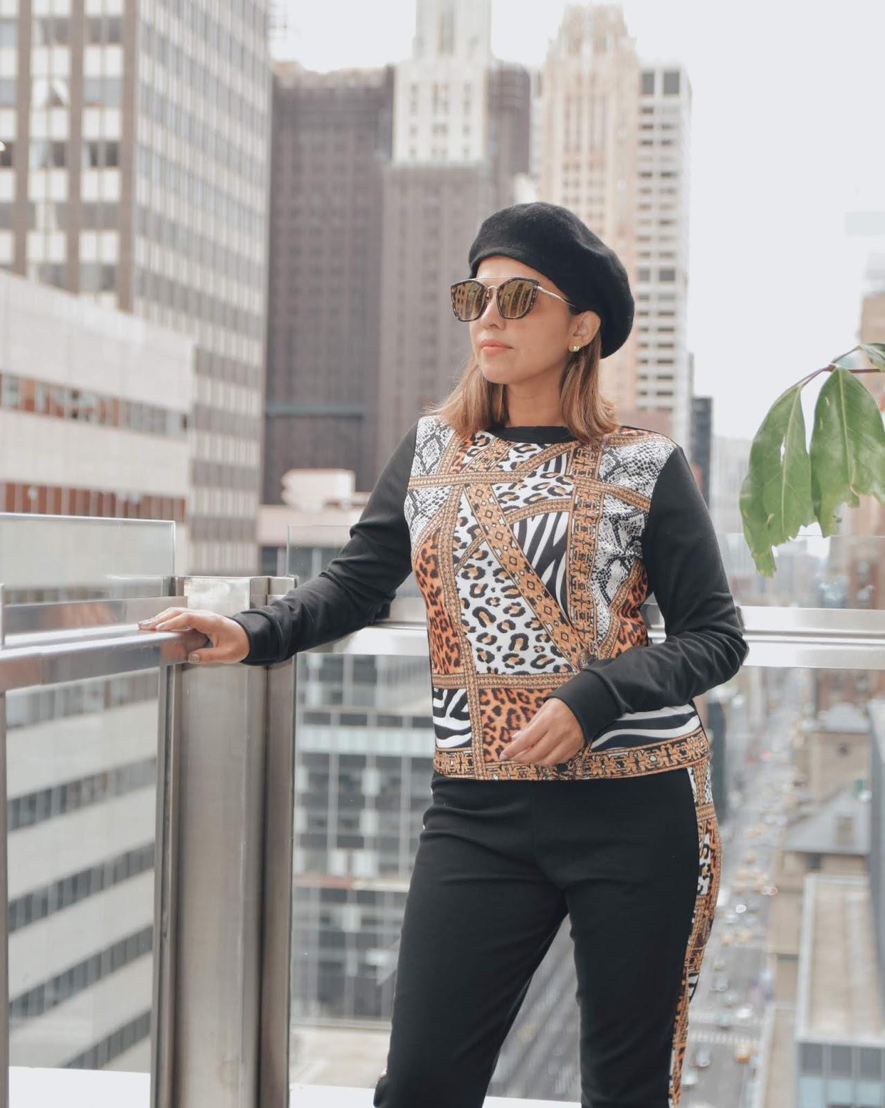 Touch Of Animal Print-mariestilo-dcblogger-travelblogger-fashionblogger-canal de mariestilo-marisolflamenco-luxegal-