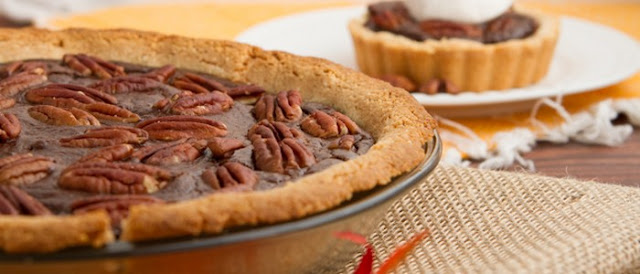recipe for chocolate pecan pie cake