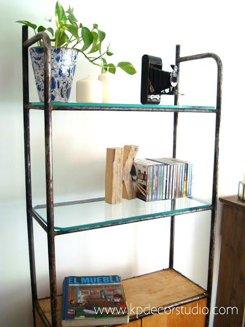 Comprar estantería vintage original estilo retro industrial de los años 70. Muebles industriales en valencia