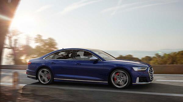 2020 Audi S8 Görseller - 2