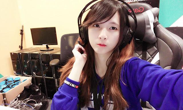 Pengakuan Gamer Wanita 'Jual' Keseksian