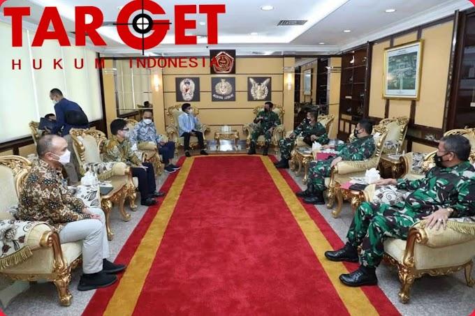 Panglima TNI Marsekal Hadi Tjahjanto Terima Kunjungan Kerja Menteri Kominfo RI