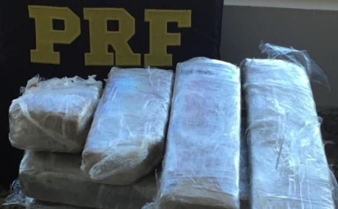 Eldorado- PRF apreende 1,2 kg de cocaína e 8,1 kg de maconha com um passageiro em um ônibus