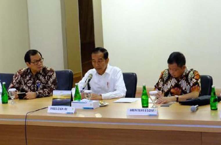 Jokowi Heran Mengapa PLN Tak Bisa Kerja Cepat