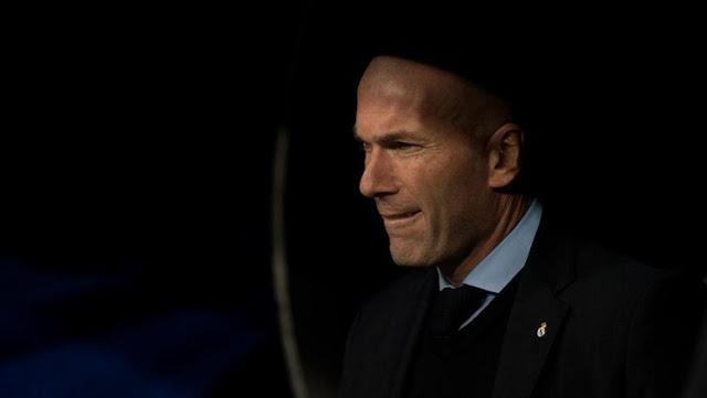 Zidane Mengaku Akan Melatih Lagi, Mungkinkah ke MU?