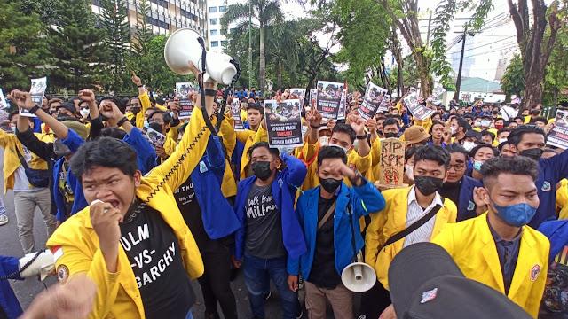 Ratusan Mahasiswa di Kalsel Gelar Aksi Jilid III Selamatkan KPK