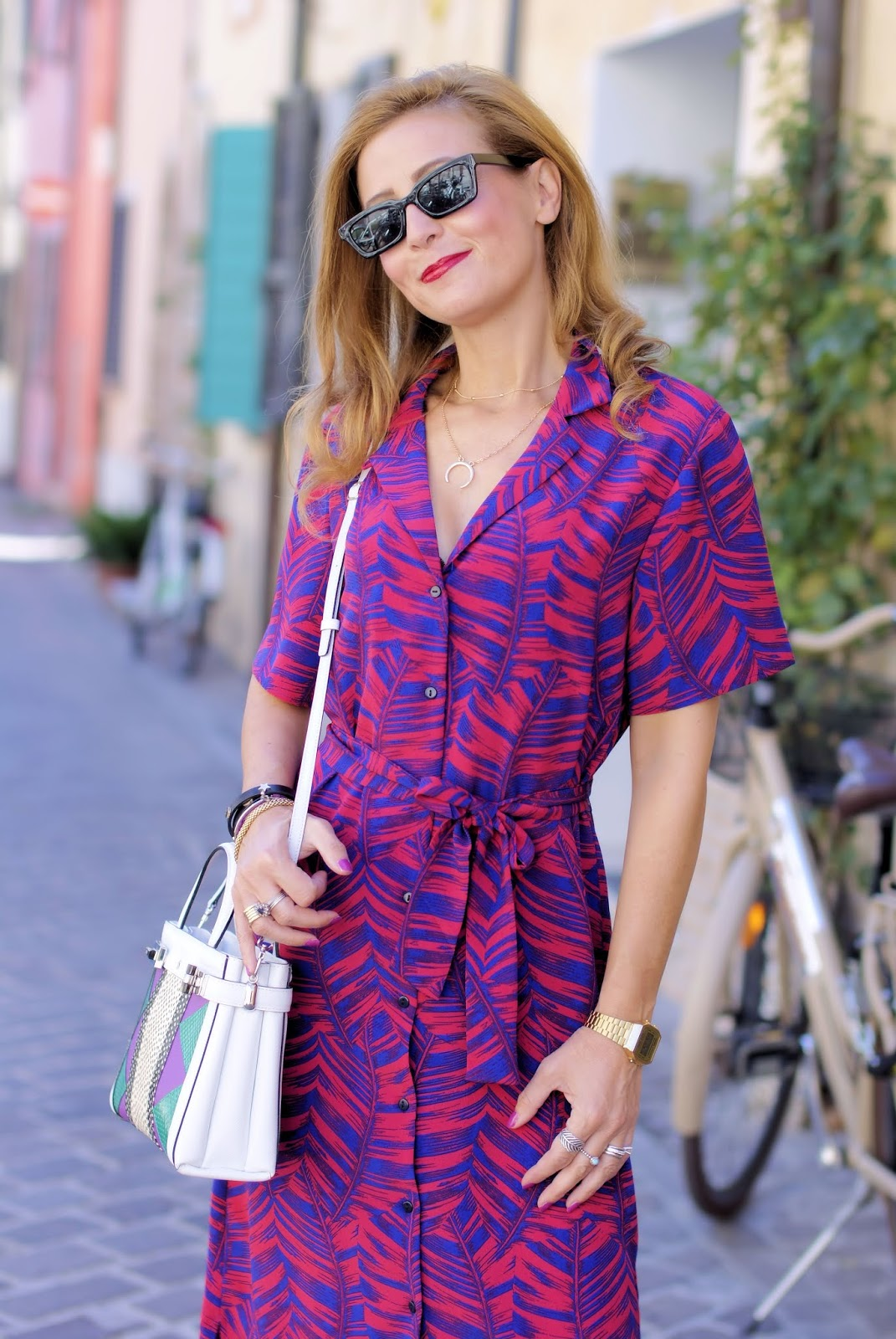 A shirt dress for my urban chic look and new Monility necklace on Fashion and Cookies fashion blog, fashion blogger style