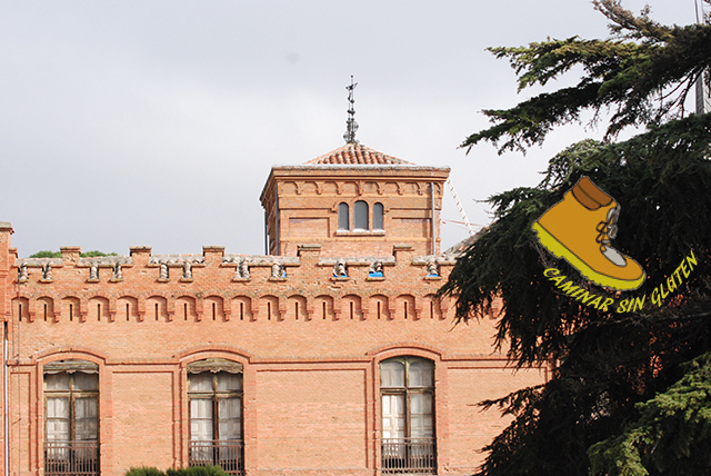 Fachada lateral de Palacio Quinta de Torre Arias