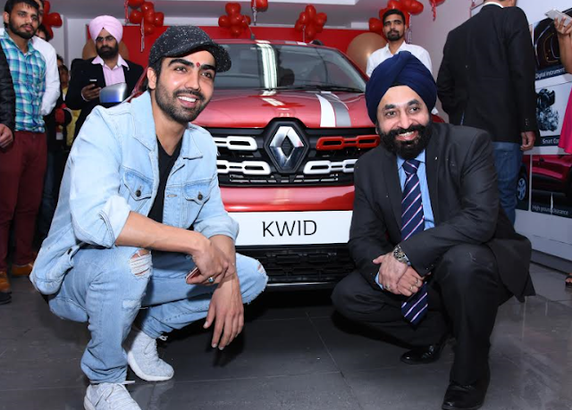 Punjabi Singer Hardy Sandhu and Mr. Gagandeep Singh, Regional Business Head, Renault during unveiling of KWID LIVE FOR MOR