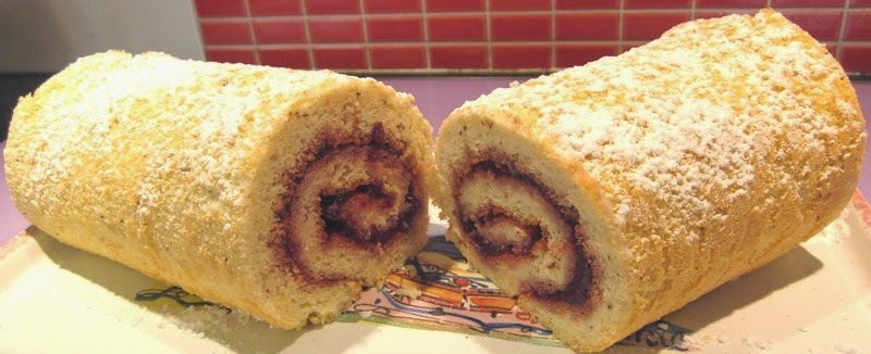 Gâteau roulé sans gluten à la confiture ou au nutella