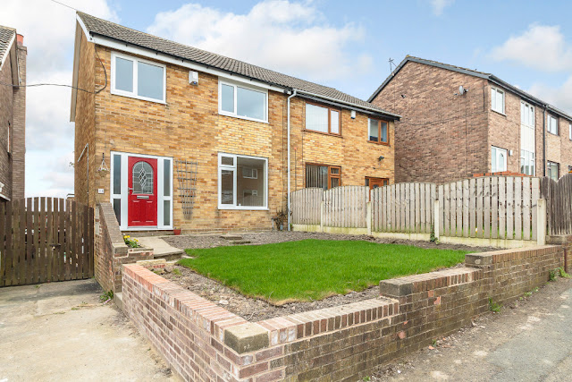 This Is Wakefield Property - 3 bed semi-detached house for sale Parkhill Grove, Wakefield WF1