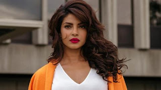 Old woman scolds Priyanka Chopra for trying to help her