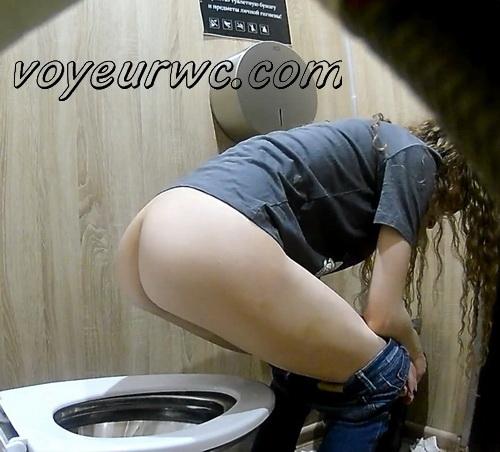European ladies caught by hidden cam in the public toilet (Street Toilet 36)