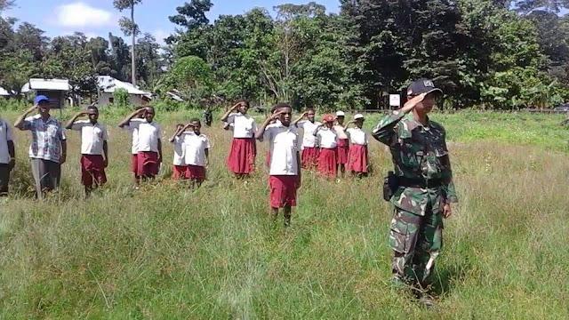 Dansatgas Pamtas RI-PNG : Tumbuhkan Rasa Cinta Tanah Air di Perbatasan