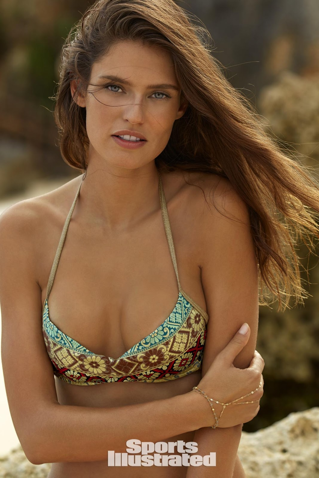 Bianca Balti is the Sports Illustrated Swimsuit Rookie of the Year 2017