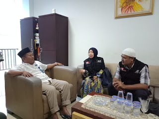 IBI Darmajaya Gandeng ACT Lampung Kirim Logistik dan Relawan ke Pekon Umbar