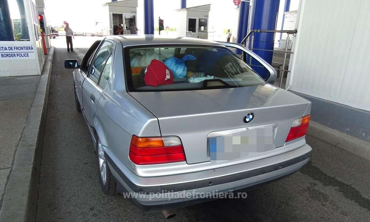 Tânără din Liban depistată la P.T.F. Calafat, ascunsă într-un autoturism