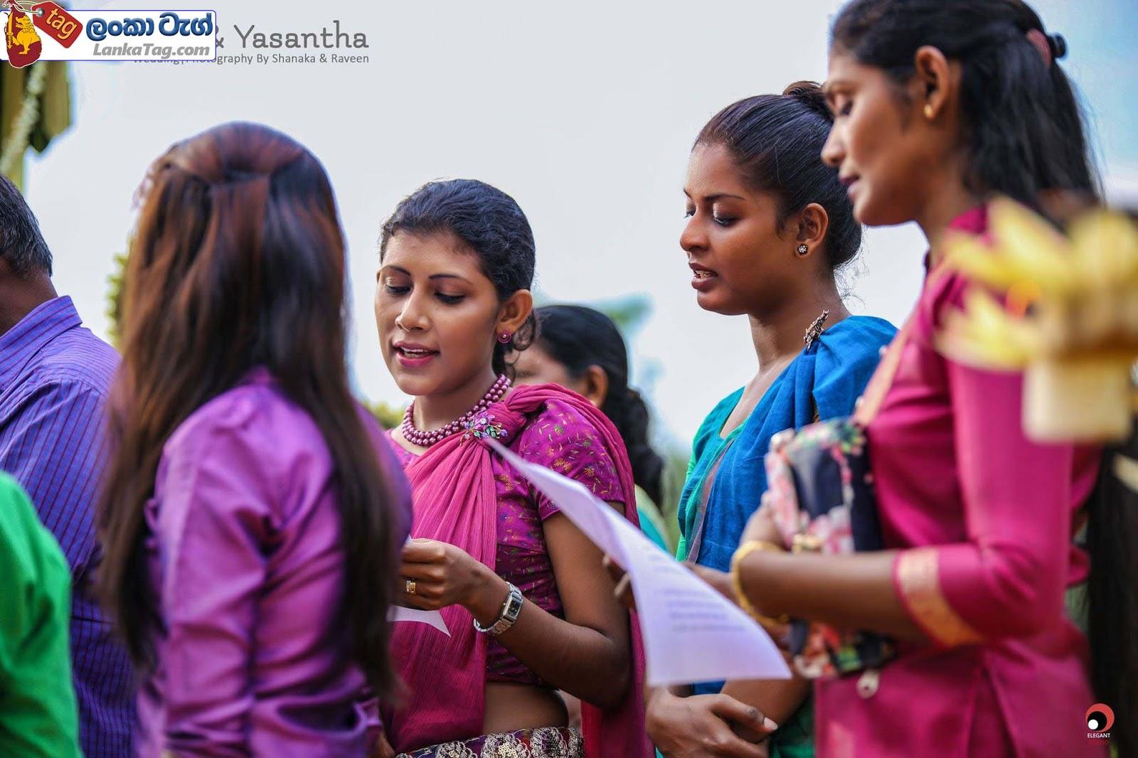 sri lankan wedding dress  15